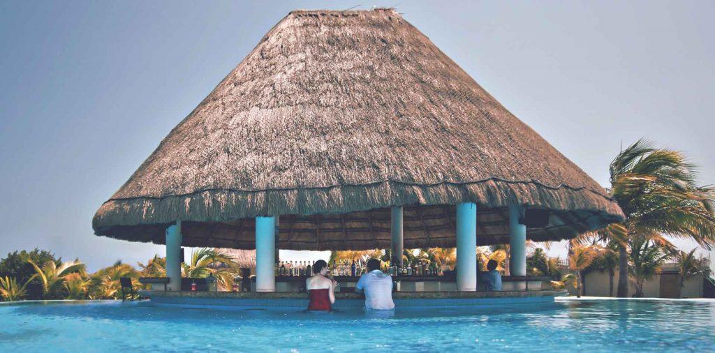 all-inclusive resort swim up bar